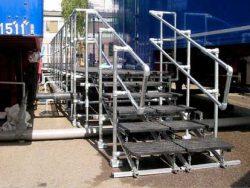 portable-crossover-ladder-platform